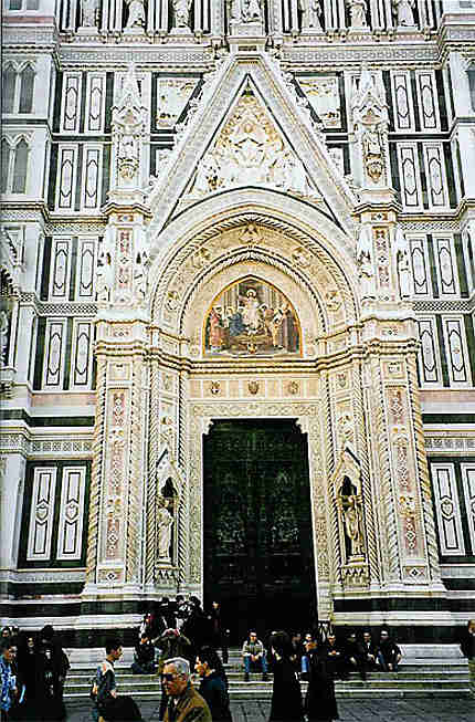 Entrée cathédrale