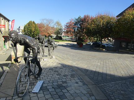 Grands cyclistes bretons, Carhaix-Plouguer