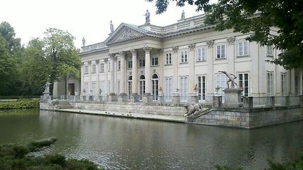 Le Palais Royal du Parc Lazienki à Varsovie