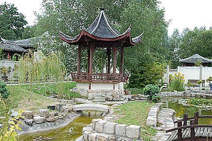 Pagode Jardin Yili Saint Remy L Honore Yvelines Ile De