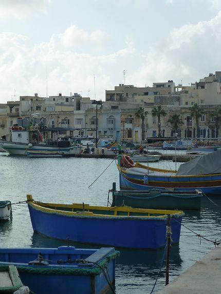 Luzzus au port, Malte
