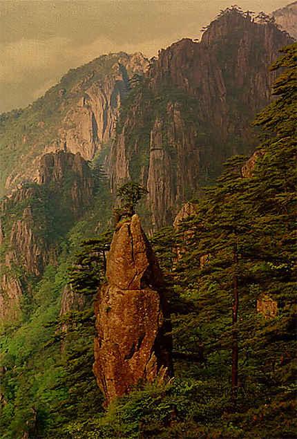 Le rocher du pinceau dans les monts Huangshan
