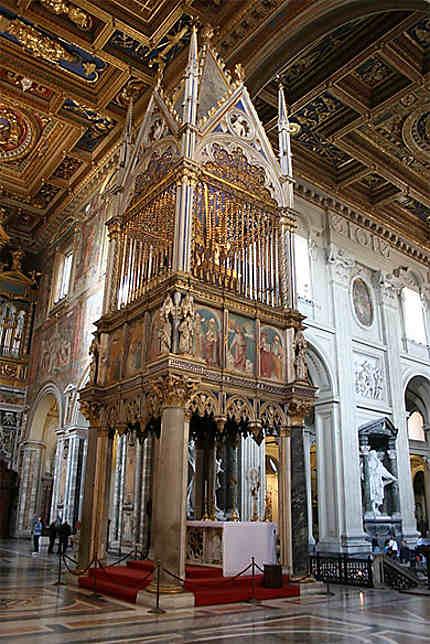 Baldaquin de la basilique de Saint-Jean-de-Latran