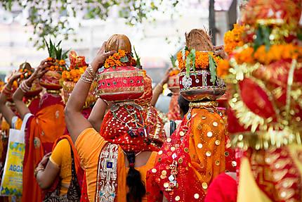 Manifestation religieuse en couleurs