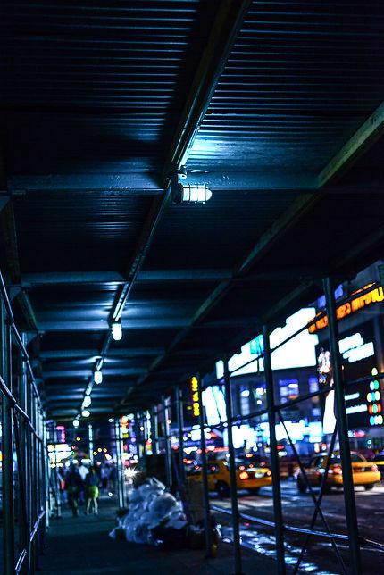 Times Square avant