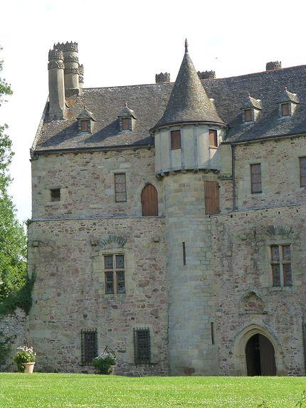 Côté gauche du chateau