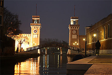 Arsenale by Night