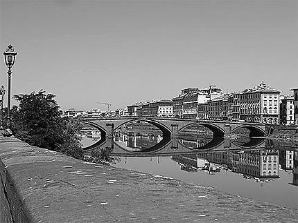 Pont noir et blanc