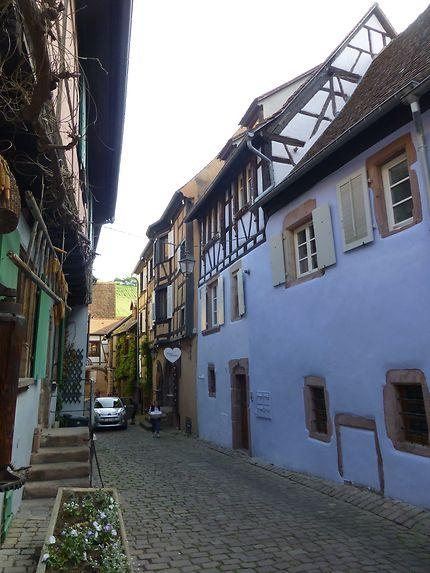 Ruelle vigneronne à Riquewihr, Alsace