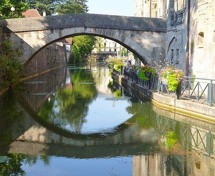 Le canal des Tanneurs, Dole, France