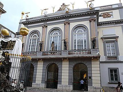Figuerès - musée Dali