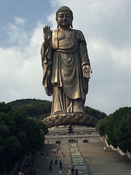 Le grand Bouddha de Long Shan