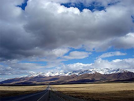 Sur la route entre Osh et Bichkek