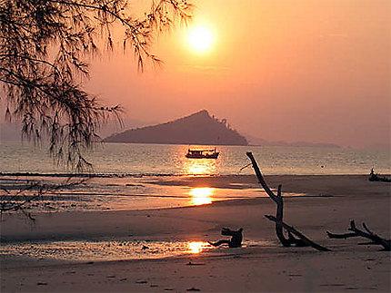 Lever de soleil sur Koh Bulon