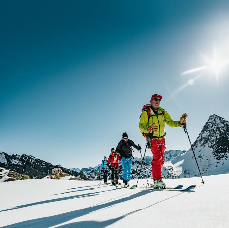 Vacances - Pratiquer la randonnée en hiver en Suisse