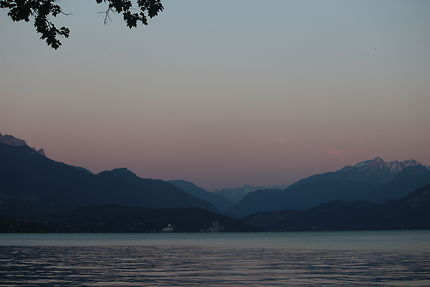 Annecy's Lake and mountains by night