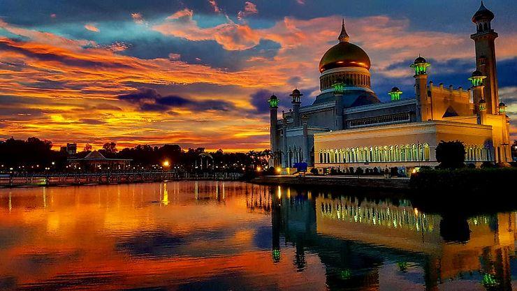 Mosquée Omar Ali Saifuddin, Brunei