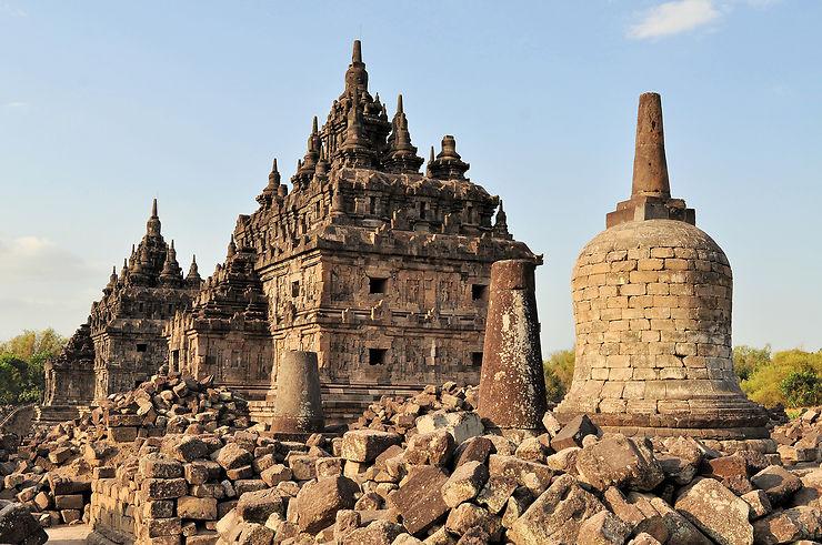 Autres temples à l'est de Yogyakarta, des plages au sud...
