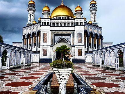 Menace sur la mosquée