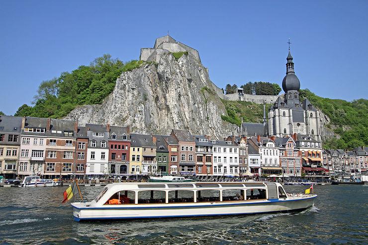 Dinant, bijou wallon en bord de Meuse