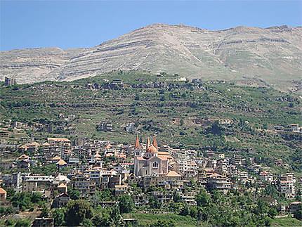 Vue de la ville de Bcharré