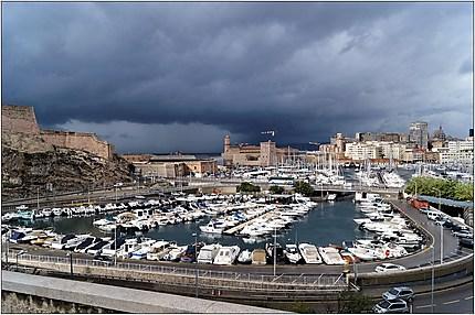 Orage sur le vieux port