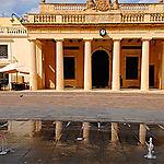 Place St Georges - Le parlement