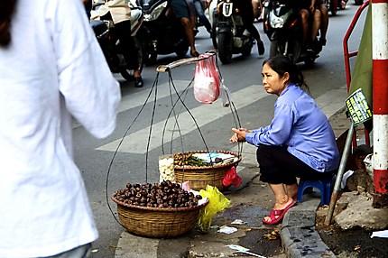 Marché de rue à Hanoï