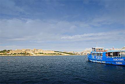 Ferry entre Sliema et La Valette
