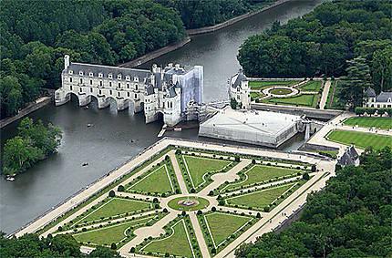 Chenonceau vu de là-haut : Châteaux : Château et jardins de Chenonceau : Chenonceaux : Indre-et-Loire : Châteaux de la Loire : Routard.com