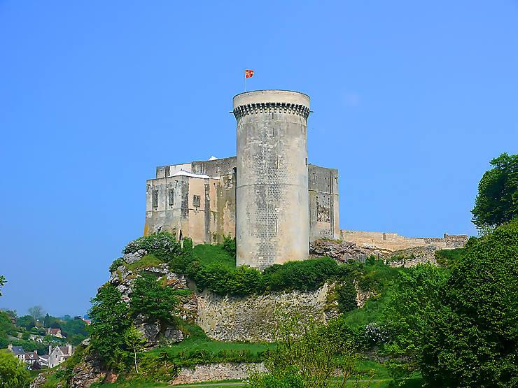 Falaise, le château des origines