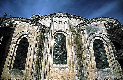L'abbatiale de Saint Jouin de Marnes