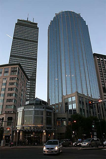 Tour Prudential et le 111 Huntington Avenue, Boston