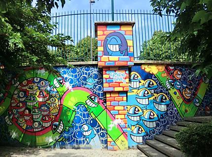Art street dans un jardin