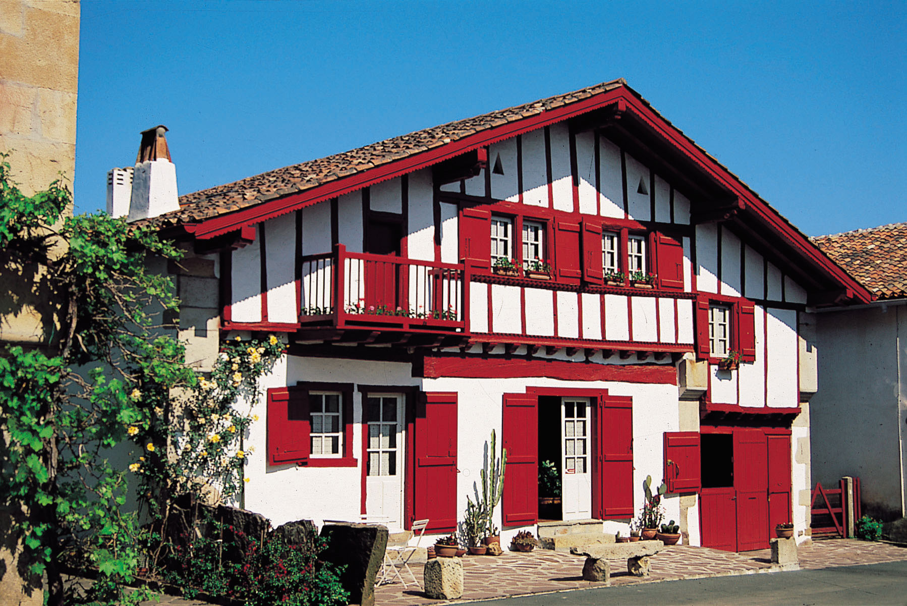 le pays basque c t terre id es week end pays basque et b arn. Black Bedroom Furniture Sets. Home Design Ideas