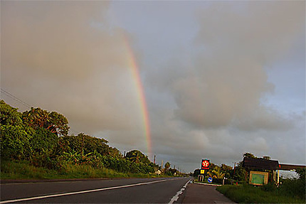 Arc en ciel sur la route de Kourou