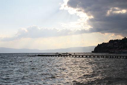 Fin d'après-midi sur le lac à Ohrid