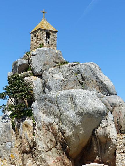 Rocher de la sentinelle de Port Blanc