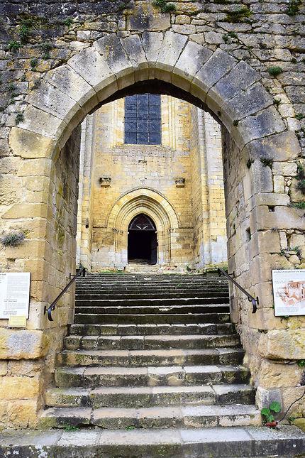 L'abbaye de Saint-Amand-de-Coly
