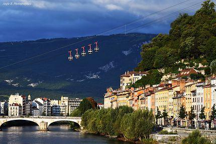 Grenoble téléphérique de la Bastille