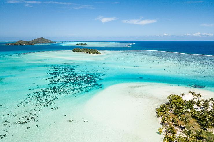 En Polynésie, des îles entre le ciel et l'eau