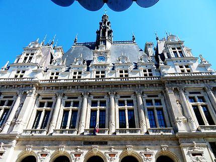 Façade de la Mairie du 10e arrondissement