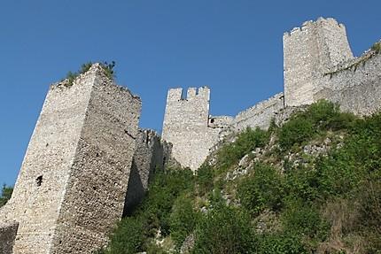 Forteresse de Golubac sur la route menant a Donji