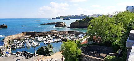 Petit mais charmant port de Biarritz