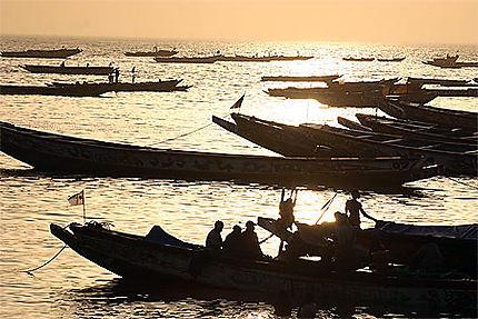 Retour des pêcheurs au port de Mbour