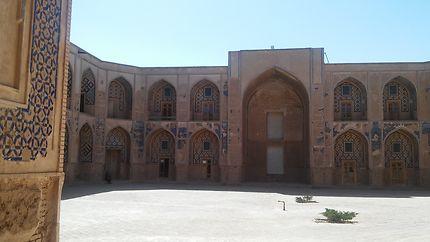 L'école Ghyasieh