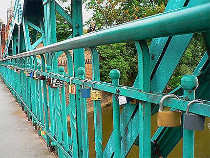 Pont aux chaînes