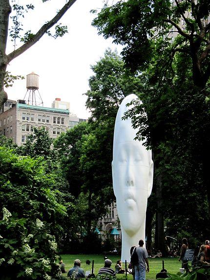 Statue Madison Square Park New York
