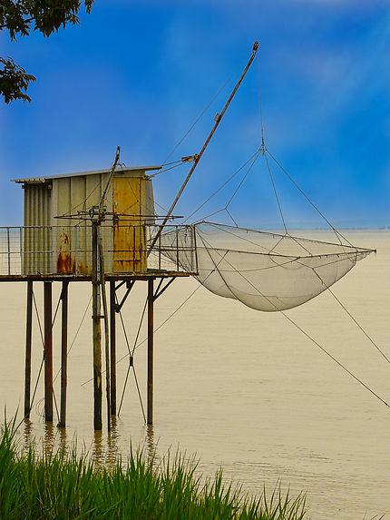 Cabane de pêcheur en bord de Garonne