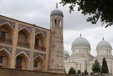 Médersa et grande mosquée de Taschkent